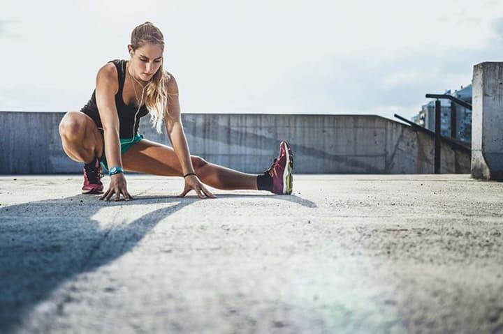 Bạn nên khởi động từ 5 - 10 phút trước khi tập luyện trên máy
