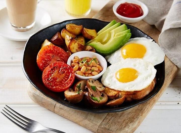 Có nên nhịn ăn sáng không?