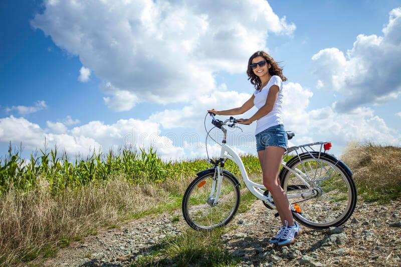 Đạp xe đạp có bị to bắp chân không? Cách đạp đúng chân thon gọn