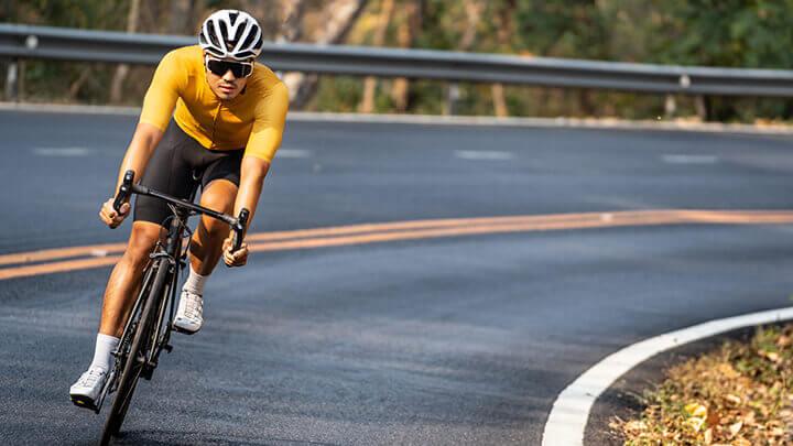 Buổi sáng là thời điểm lý tưởng cho bạn đạp xe giảm cân