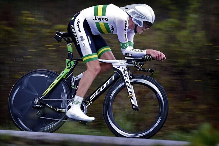 Đạp xe đạp cần lưu ý chế độ tập luyện và chế độ ăn uống để có kết quả tốt nhất