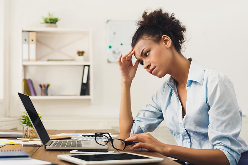 10+ dấu hiệu của stress nặng, cảnh báo căng thẳng bạn cần biết