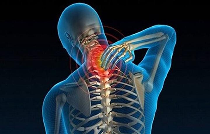 Đau vai gáy là bệnh lý liên quan đến xương khớp rất khó chịu cho người bệnh