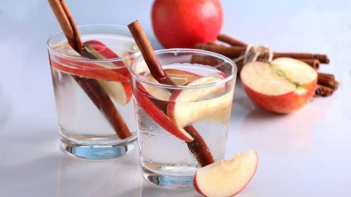 Chế độ giảm cân detox với nguyên liệu táo và quế tốt cho sức khỏe