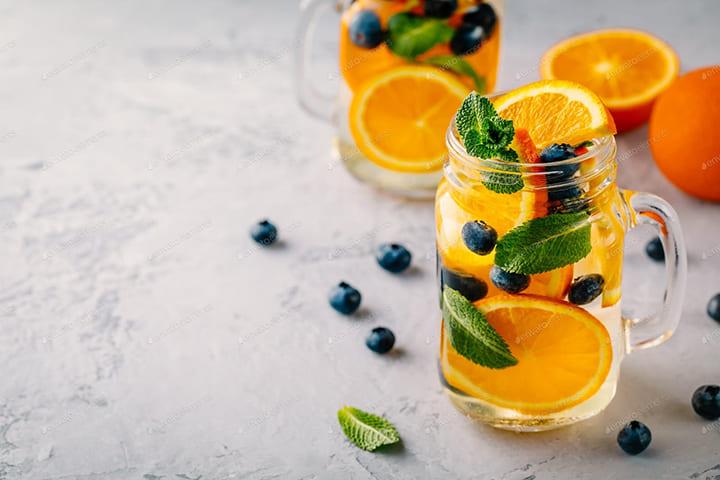 Detox giảm cân nhanh, hiệu quả từ cam, việt quất và lá bạc hà