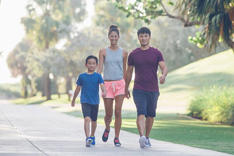 Đi bộ có giúp tăng chiều cao không? Bật mí câu trả lời từ HLV