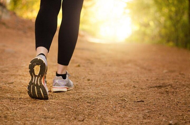 Sự phối hợp nhịp nhàng giữa các bộ phận giúp bạn đi bộ đều và duy trì tốc độ tiến về phía trước