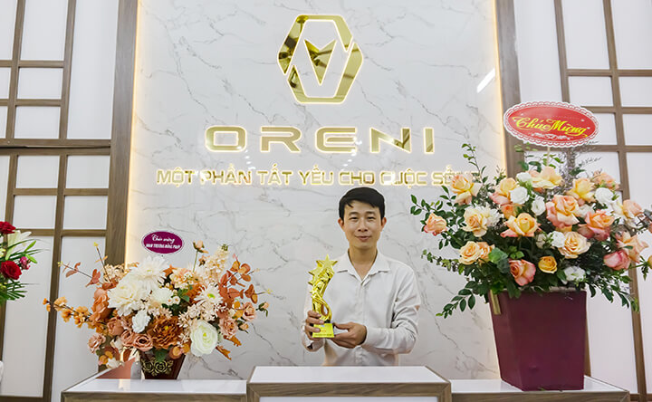 Mr. Long - ông chủ của showoom ghế massage Oreni Hoài Đức
