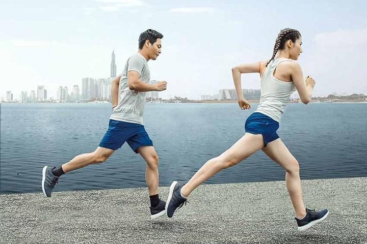 Duy trì tốc độ hợp lý giúp bạn chạy bền được lâu, không mất xức