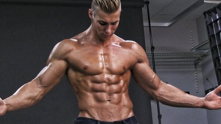 Fitness cho bạn một thân hình đẹp cân đối.