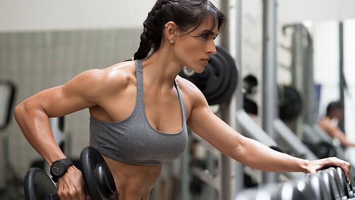Thân hình cân đối là tiêu chí lớn nhất đánh giá Fitness.