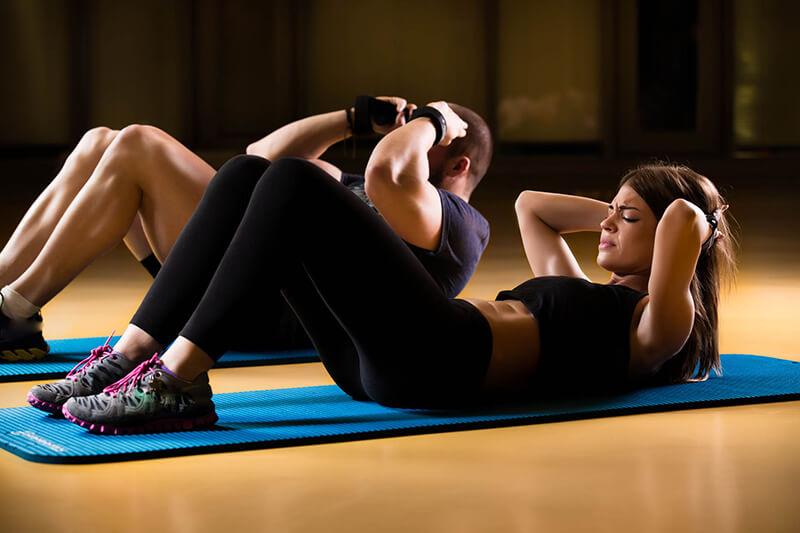 Gập bụng bao nhiêu lần 1 ngày giảm mỡ bụng 6 múi nhanh nhất?