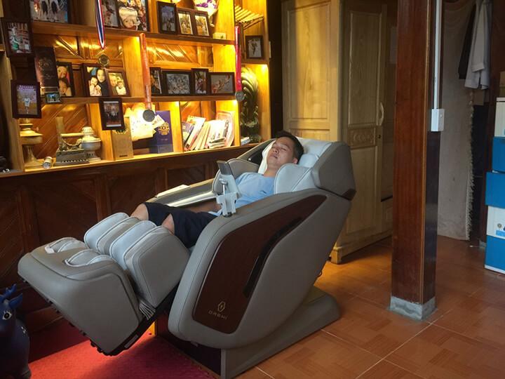 Tận hưởng cảm giác massage, khoẻ người ngay tại nhà