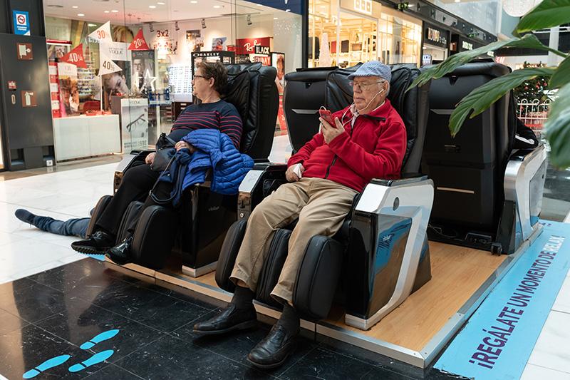Cách chọn mua ghế massage cho người cao tuổi phù hợp nhất