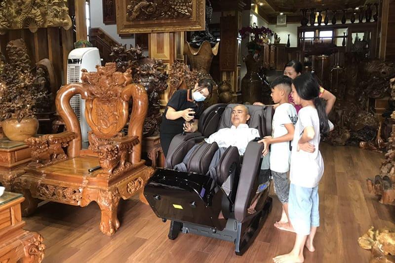 [Tư Vấn] Có nên dùng ghế massage cho người thoát vị đĩa đệm?