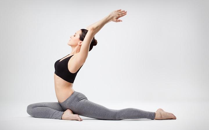 Tập Yoga giúp thon gọn bắp tay