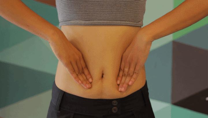 Cách massage tan mỡ bụng bằng tay không.