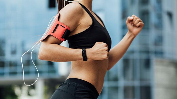 Áp dụng đúng kỹ thuật tay khi chạy bền 1500m để nâng cao hiệu quả tập luyện