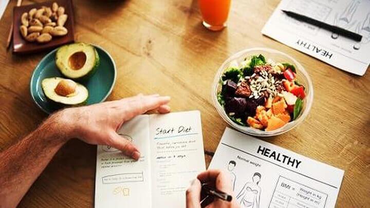 Gymer cần chú trọng thực đơn ăn uống bên cạnh tập luyện.