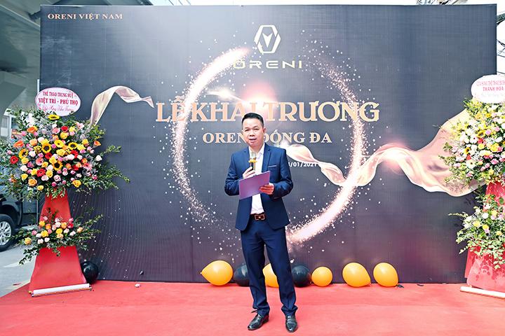 Ông Nguyễn Mạnh Quân phát biểu khai mạc, tuyên bố khai trương chi nhánh Oreni Đống Đa.