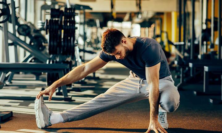 Các bài giãn cơ nhẹ nhàng giúp thư giãn gân cốt để giảm đau hiệu quả, nhanh chóng.