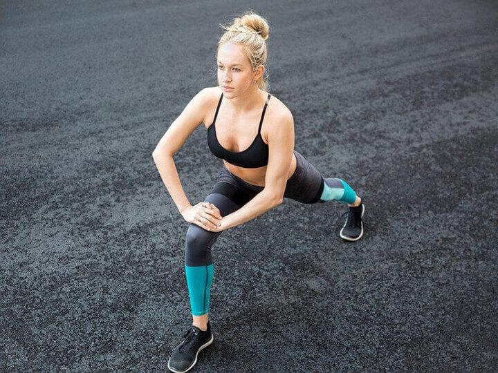 Trước khi chạy bộ bạn nên khởi động thật kỹ để có sự chuẩn bị tốt.
