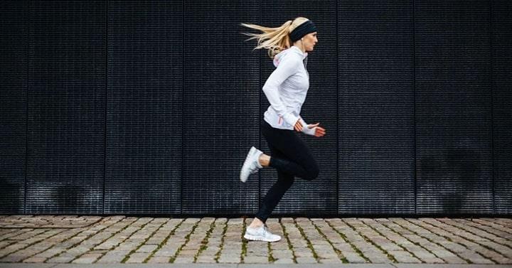 Áp dụng đúng kỹ thuật hít thở khi chạy bền sẽ mang lại hiệu quả đáng kể