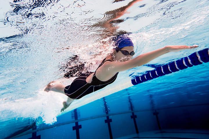 Bơi là môn thể dục thể thao có nhiều tác dụng tốt
