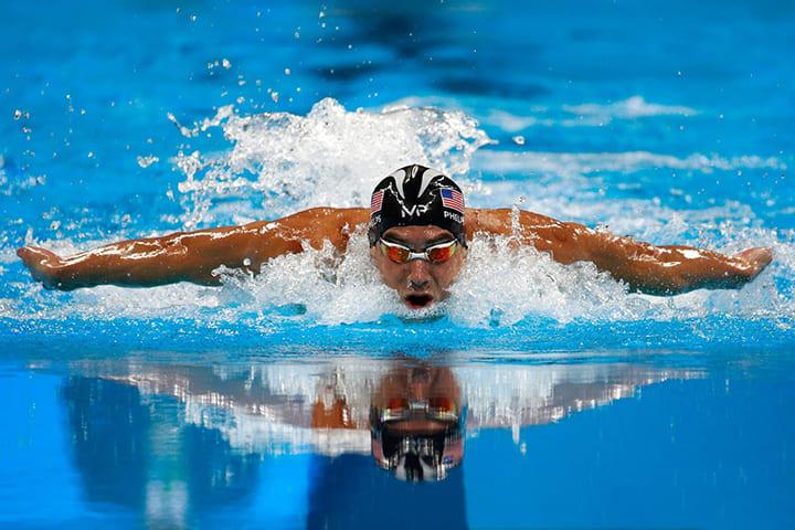 Bơi làm cho cơ thể dẻo dai