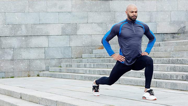 Bạn nên tập Lunge thường xuyên để có vóc dáng cân đối, khỏe khoắn