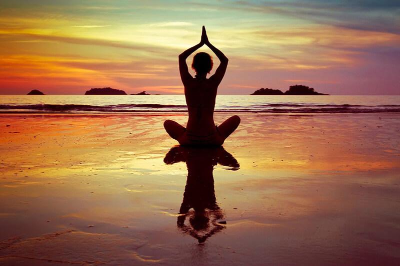 Lưu ý khi tập Yoga: 14 điều quan trọng cần biết cho người mới