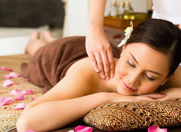 Massage là hình thức chăm sóc sức khỏe có từ thời xa xưa