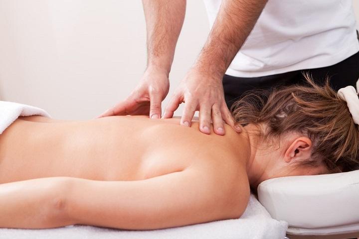 Massage Nhật Bản sử dụng bấm huyệt đạo