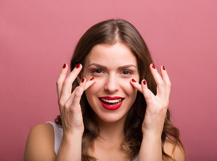 Bài tập massage mắt giúp giải tỏa căng thẳng đầu óc hiệu quả