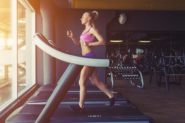 Nên tập luyện thường xuyên với máy chạy bộ cơ để mang lại hiệu quả cao