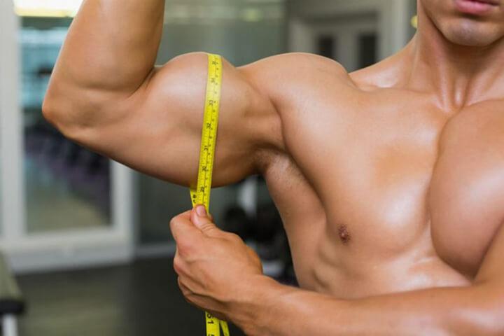 Tập luyện với máy chạy bộ đa năng kích thích cơ bắp phát triển