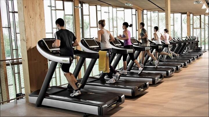 Máy chạy bộ là thiết bị thể thao mang lại rất nhiều lợi ích về sức khỏe tim mạch