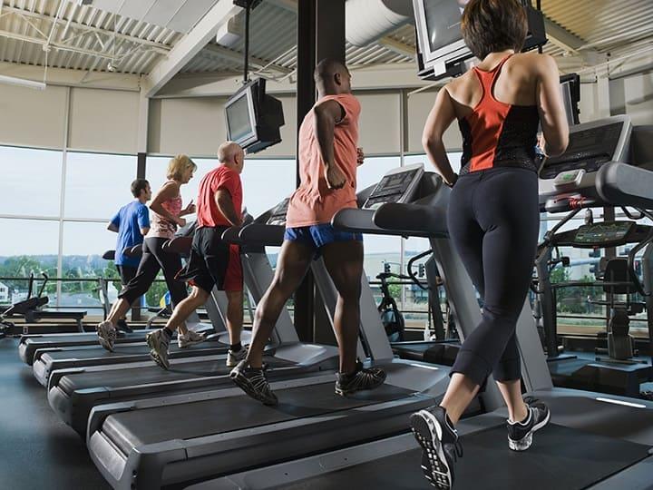 Máy chạy bộ phòng Gym là mẫu máy chạy bộ chuyên dụng tại phòng tập Thể hình