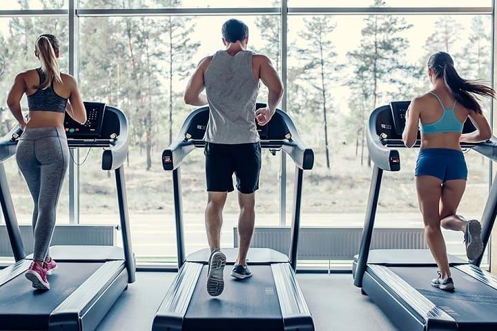 Hướng dẫn tập máy chạy bộ phòng Gym đúng cách, hiệu quả nhất