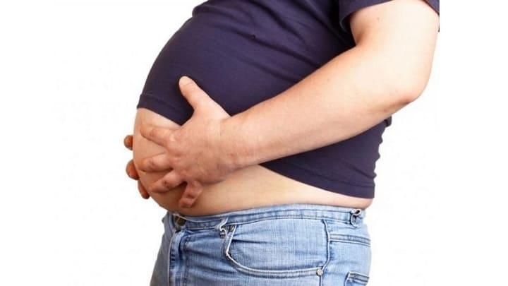 Mỡ bụng là tình trạng mỡ thừa nằm nhiều ở vùng bụng gây mất thẩm mỹ