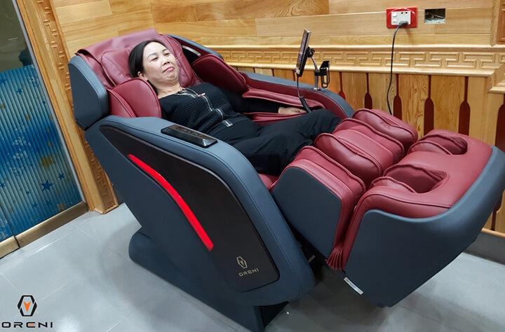 Ngồi ghế massage không nên quá 30 phút mỗi lần