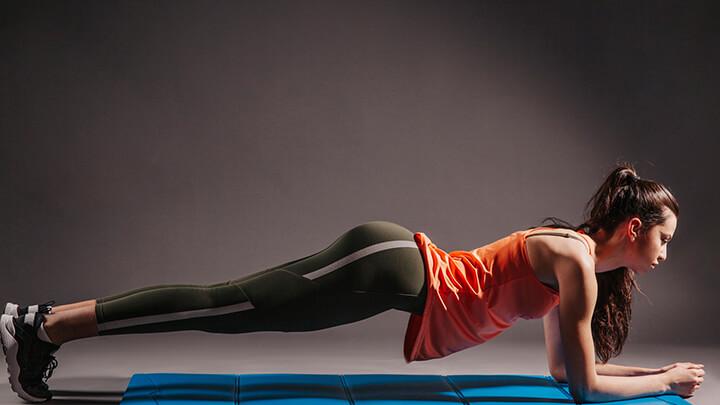 Tập Plank đủ số lần, không nên quá sức