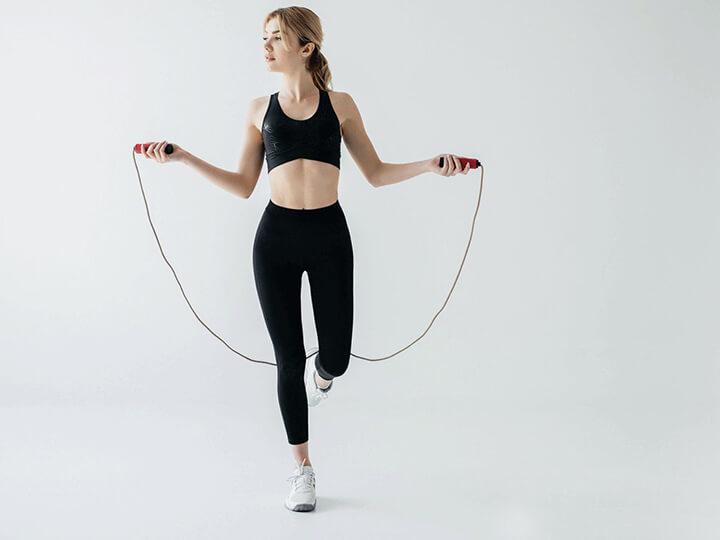Nhảy dây càng lâu càng được nhiều số lần nhảy và giúp giảm cân nhanh hơn.