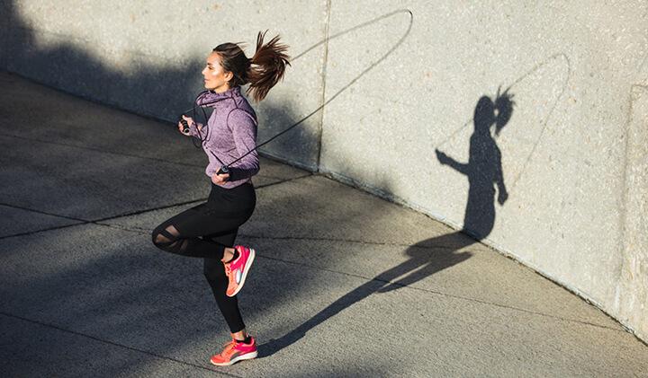 Nắm chắc các kinh nghiệm nhảy dây được chia sẻ này sẽ giúp bạn giảm cân nhanh chóng.