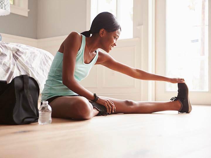 Bạn nên tập các bài tập giãn cơ nhẹ nhàng sau khi nhảy dây.