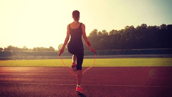 Chú ý thời gian nhảy dây không quá sức để ảnh hưởng đến sức khỏe