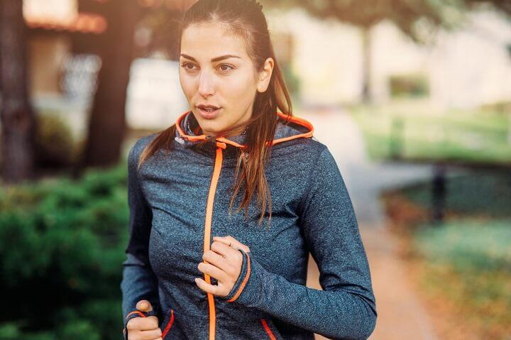 Thở khi khởi động là hoạt động kích hoạt các bộ phận tham gia chạy bộ