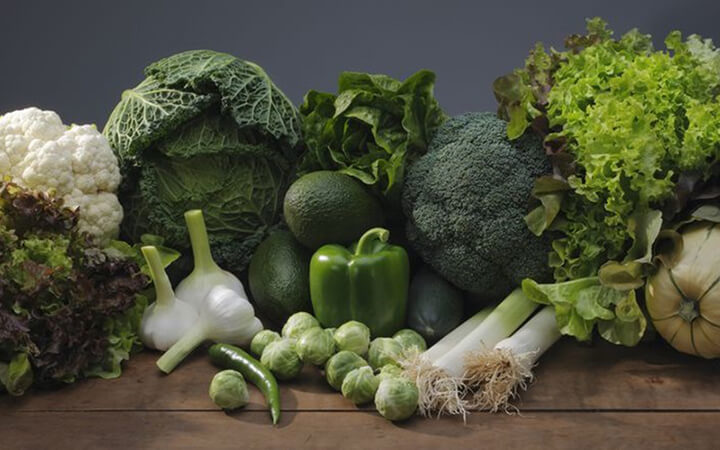 Những thực phẩm giảm mỡ bụng - Rau xanh lá đậm