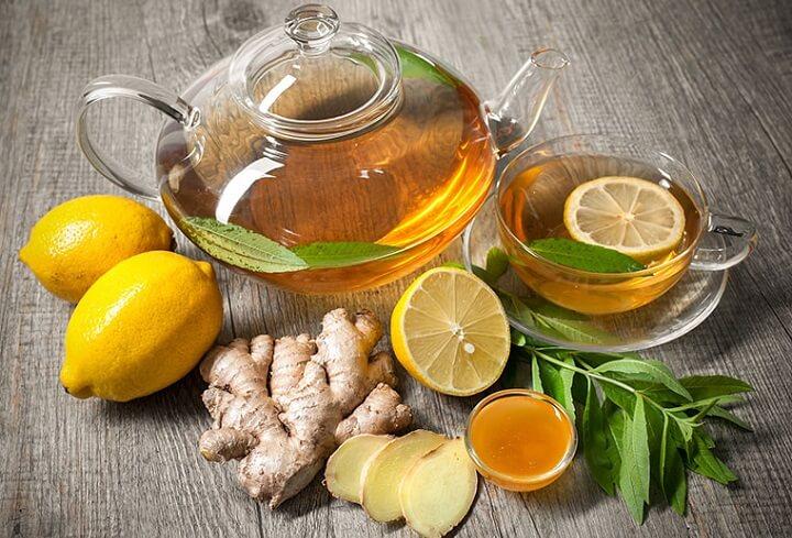 Uống nước chanh gừng mật ong vừa phòng cảm lạnh vừa tiêu mỡ thừa.