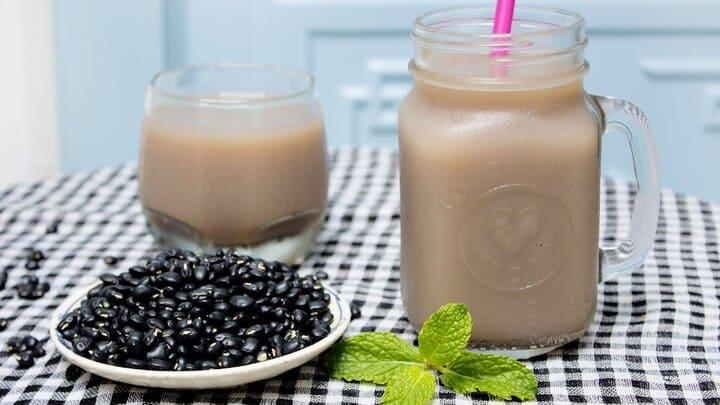 Sữa đậu đen có nhiều thành phần dinh dưỡng, tốt cho chế độ giảm cân